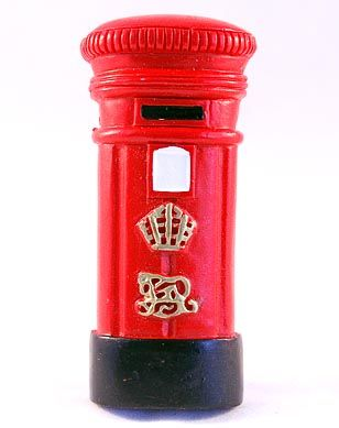 Postbox magnet